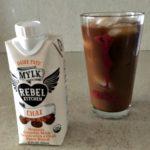 Mmmmm! Iced coffee with chai mylk.